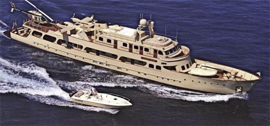 chanel-yacht